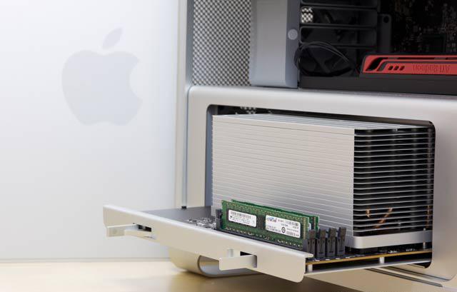 Mac Pro ed estrazione del gruppo CPU e RAM